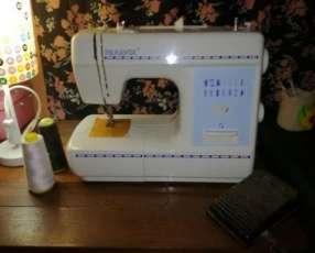 Máquina de coser familiar Panavox