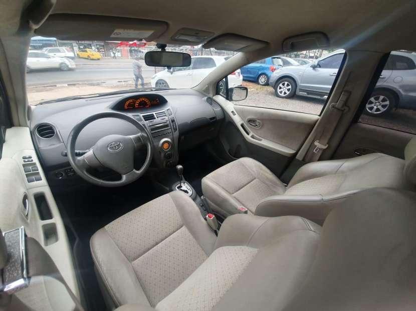 Toyota New vitz 2009/2008 recién importado llantas deportivas - 6