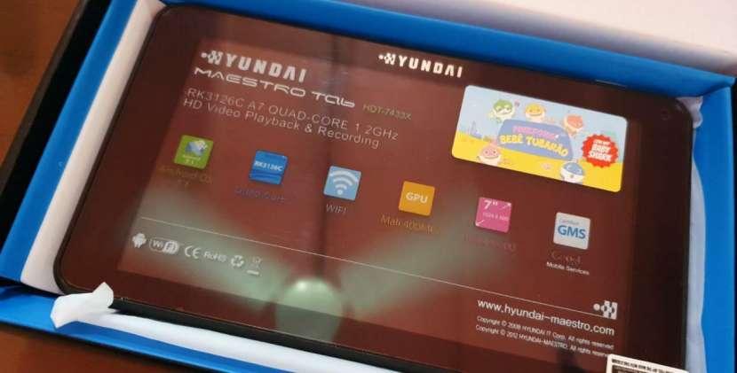 Tablet Hyundai solo wifi + estuche de regalo - 0