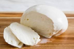 Queso Muzzarella argentino por kilo
