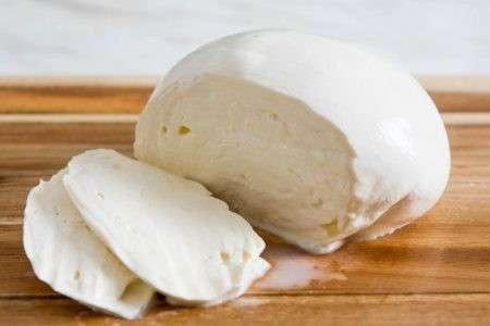 Queso Muzzarella argentino por kilo - 0