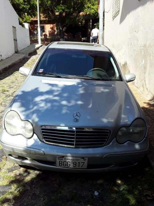 Mercedes Benz C270 CDI 2002 diésel automático - 0