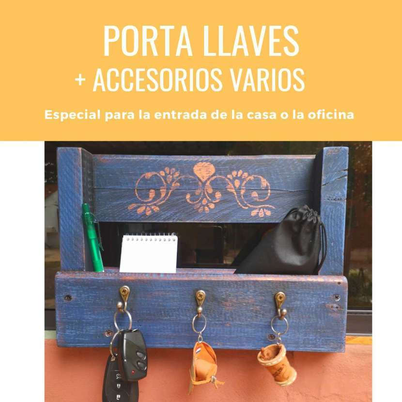Porta llaves y accesorios - 0