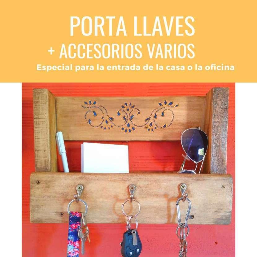 Porta llaves y accesorios - 1