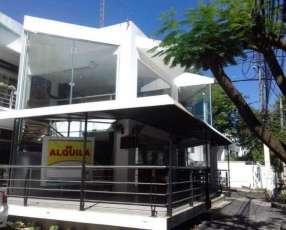Local comercial en frente al Centro de Eventos del Shopping Mariscal