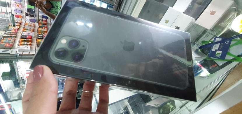 iPhone 11 Pro Max 64 gb nuevo - 0