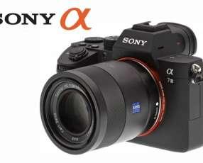 Cámara Mirrorless Sony A7 III Kit de lente 28-70mm