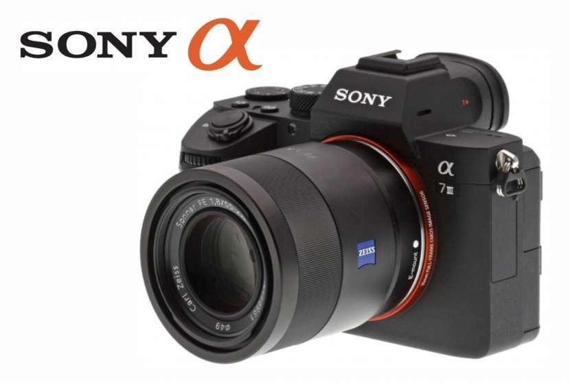 Cámara Mirrorless Sony A7 III Kit de lente 28-70mm - 0