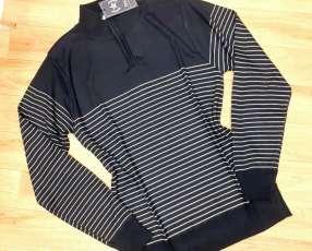 Suéter importado