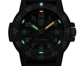 Reloj de lujo Luminox Blackout