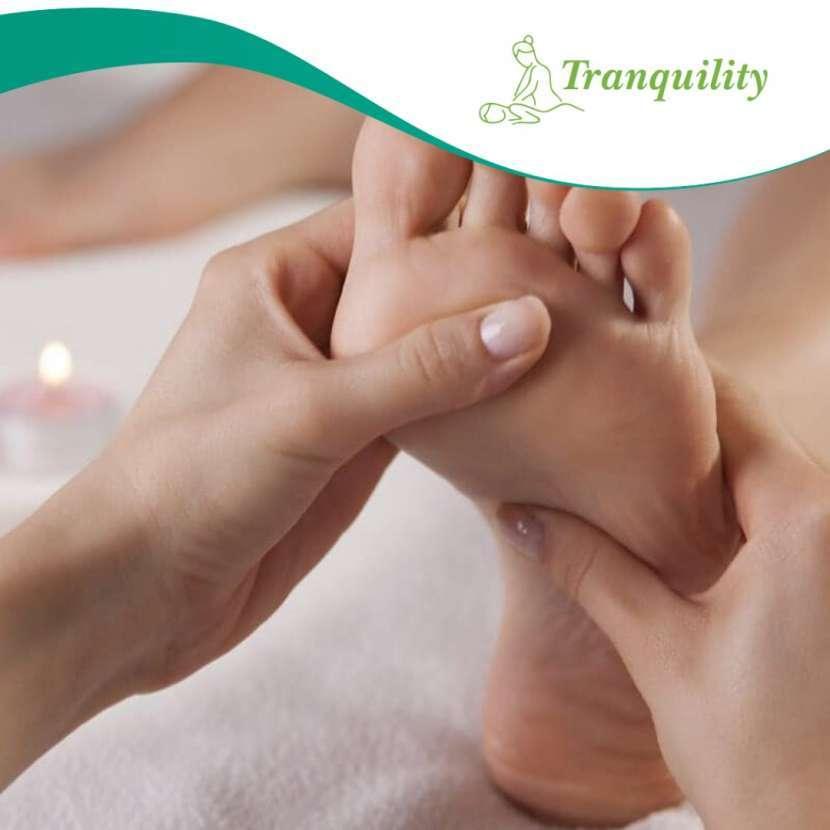 Reflexología masaje en pies y piernas - 3