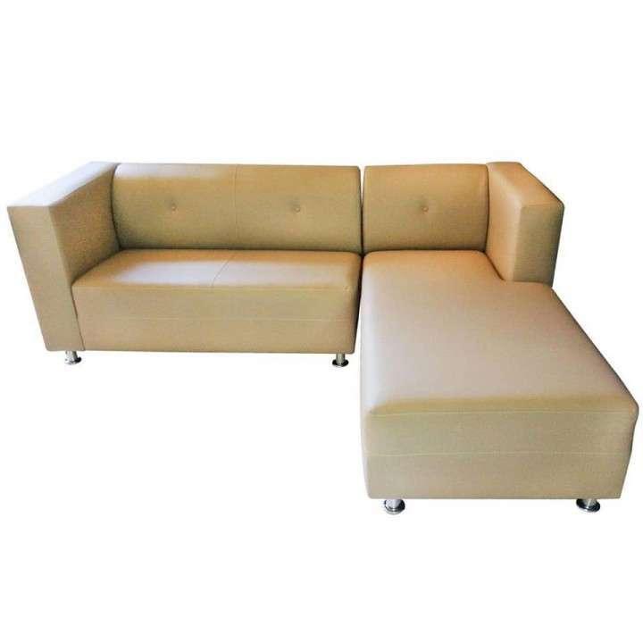 Sofá confort en eco cuero y patas cromadas - 2