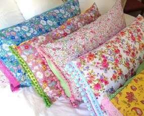 Almohadas y fundas estampadas lisas