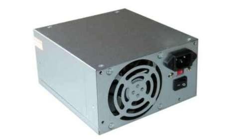 Fuente de alimentación para PC 200 vatios.