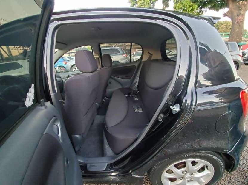 Toyota vitz rs 2001 - 5