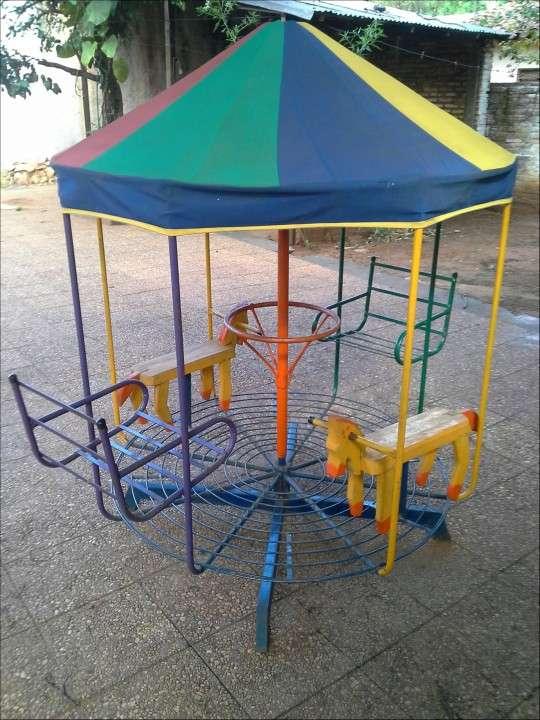 Calesita Infantil - 0