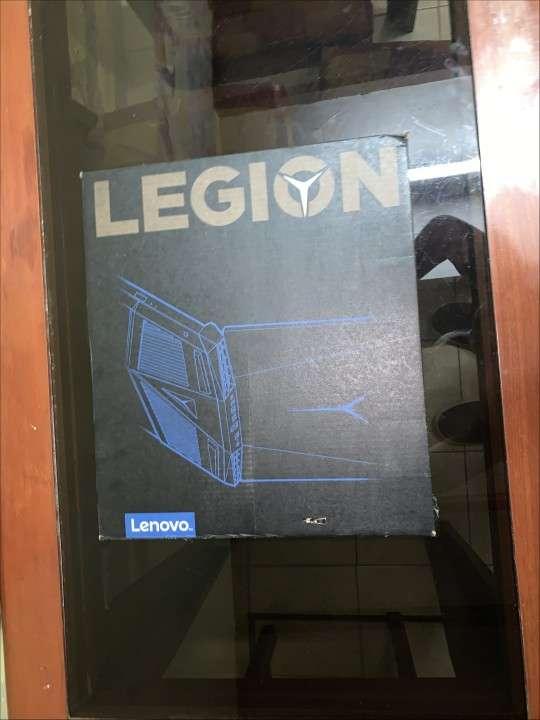 Notebook gaming Lenovo Legion Y7000P - 8