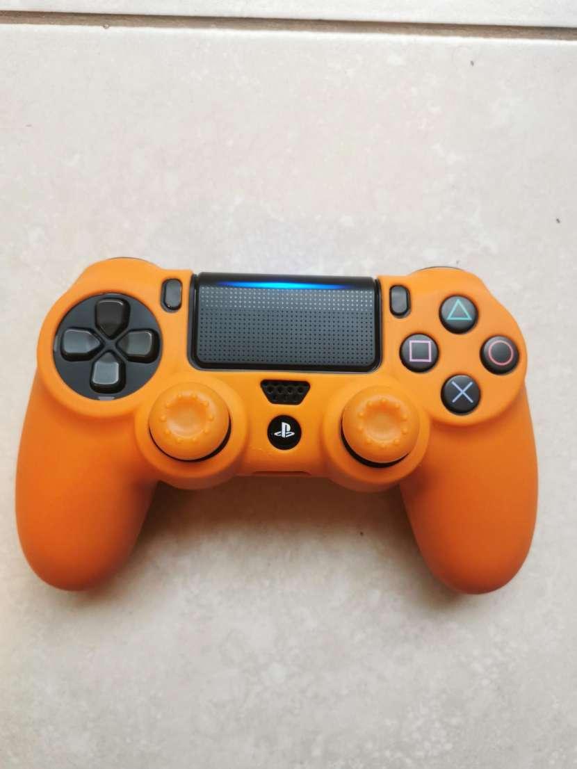 Funda y grip para control PS4 - 2