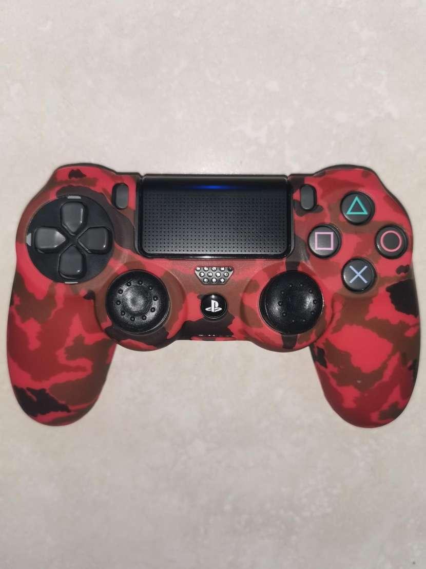 Funda y grip para control PS4 - 5