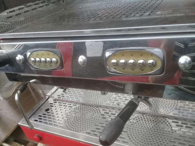 Cafetera Semiautomatica Tokyo 2 salidas - 0