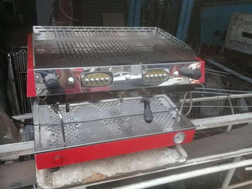 Cafetera Semiautomatica Tokyo 2 salidas - 1
