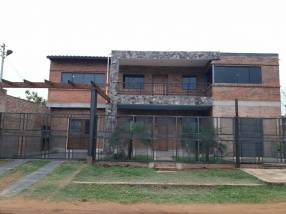 Duplex : superficie del terreno 306m2