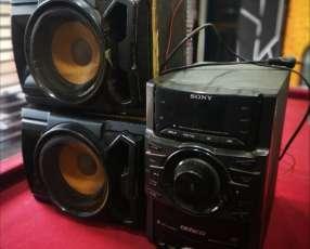 Equipos de sonidos Sony y Sharp