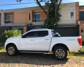 Nissan Frontier NP300 LE 2016 mecánico 4x4