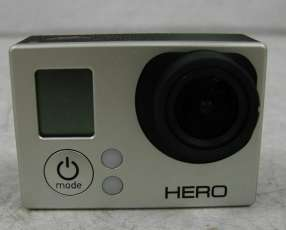 Cámara GoPro HERO 3 Silver Edition usada(cámara y cable usb)