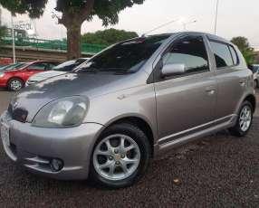 Toyota Vitz RS 2001