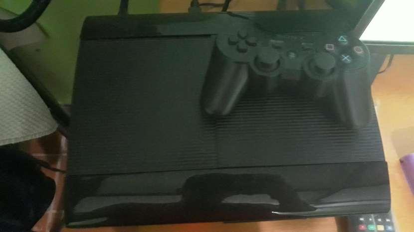 PS3 semi nuevo - 0
