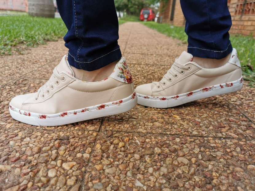 Sneakers Damas - 0