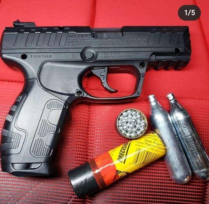 Pistola CO2 modelo 426 - 0