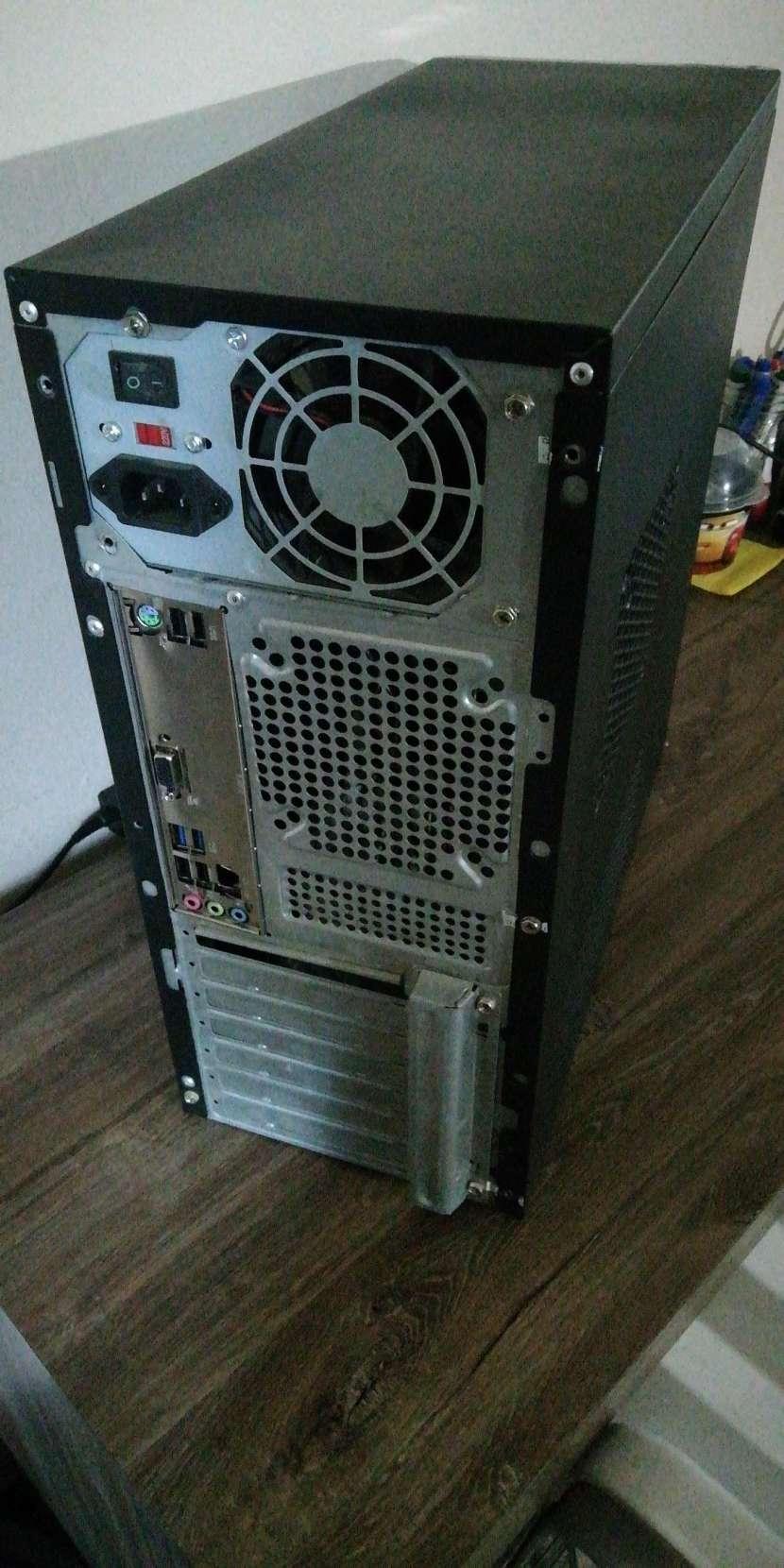 Computadora intel - 1