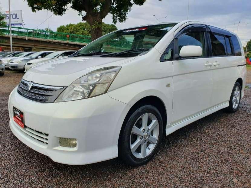 Toyota isis 2006 - 2