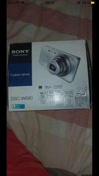 Cámara Digital Sony - 3