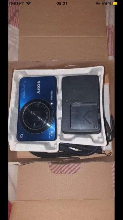 Cámara Digital Sony - 2