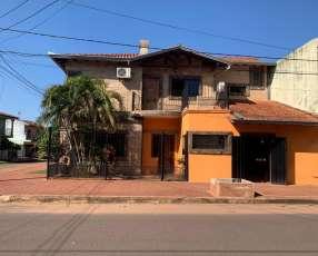 Casa a cuadras del centro de San Lorenzo