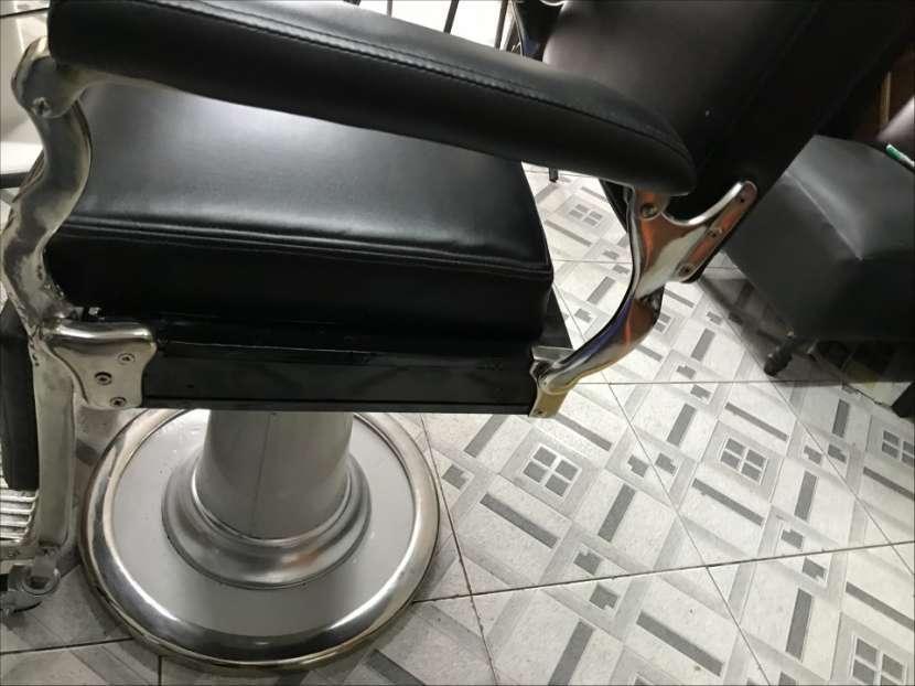 Sillón de barbero y peluquería Ferrante - 3