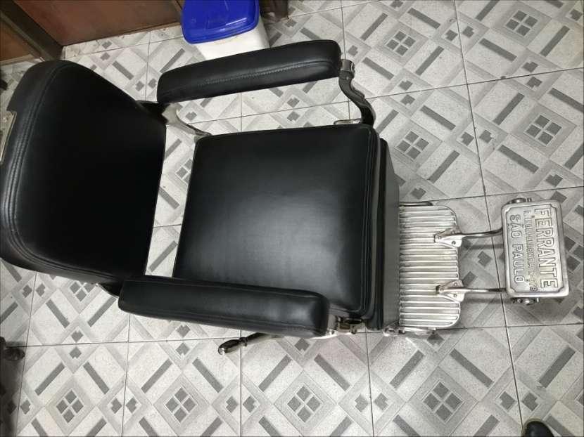 Sillón de barbero y peluquería Ferrante - 1