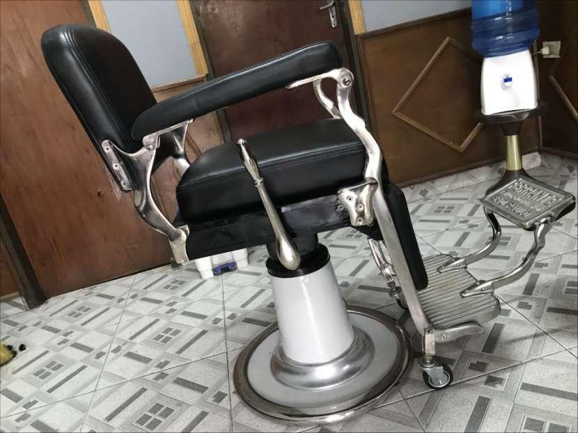 Sillón de barbero y peluquería Ferrante - 0