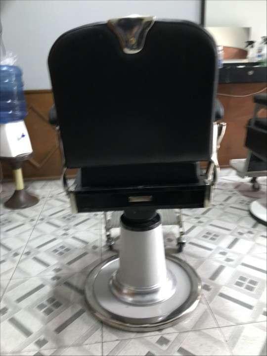 Sillón de barbero y peluquería Ferrante - 4
