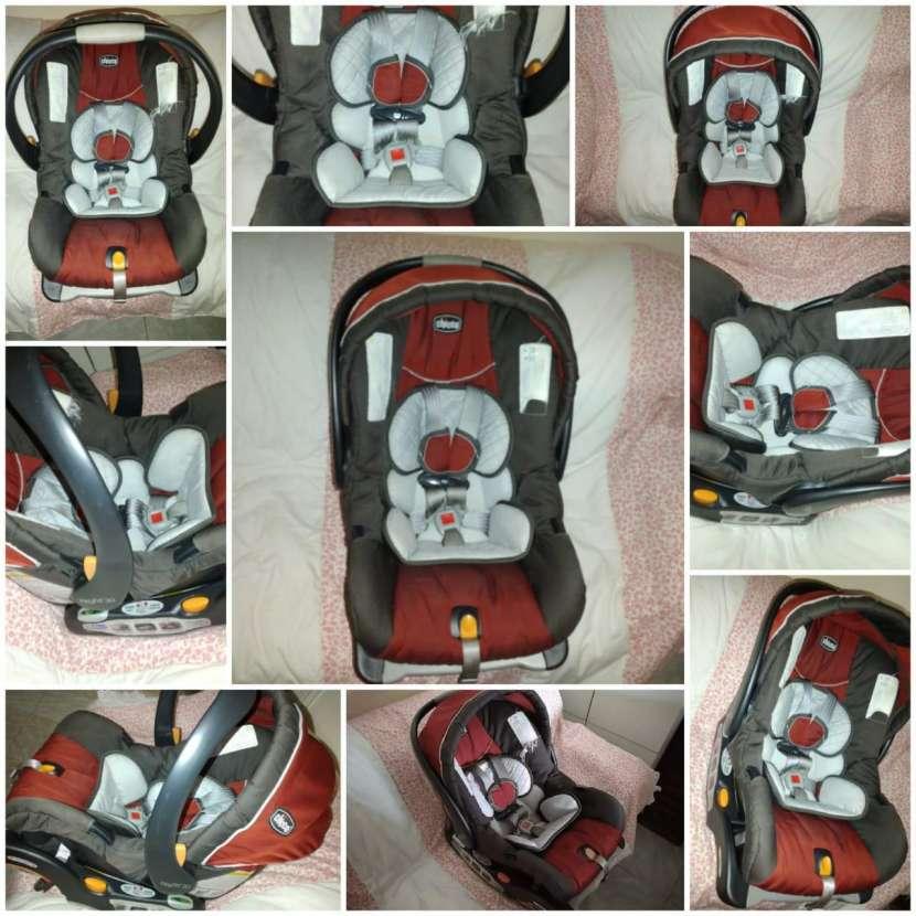 Silla de bebé para auto/Baby Seat - 0