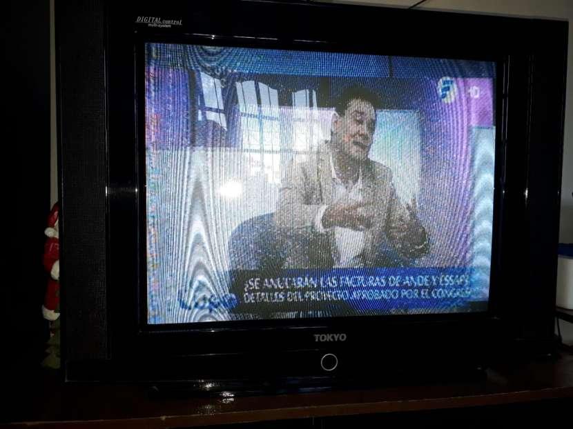 TV Tokyo de 29 pulgadas - 1