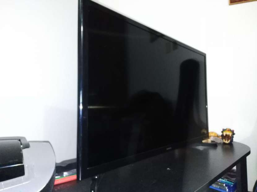 Smart TV Samsung de 32 pulgadas - 3