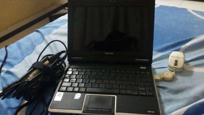 Mini Notebook Toshiba - 0