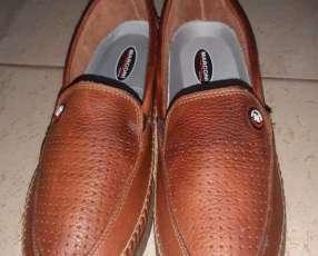 Calzado para hombre calce 42