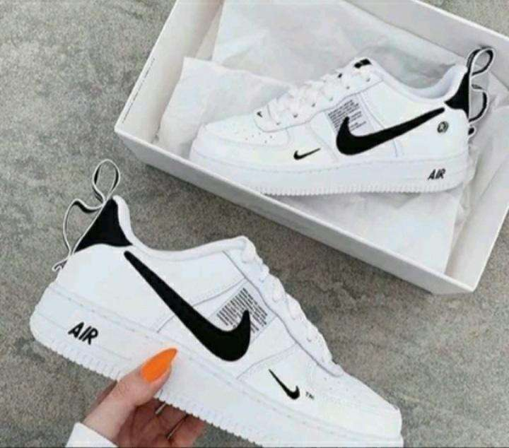 Calzado Nike para damas - 0