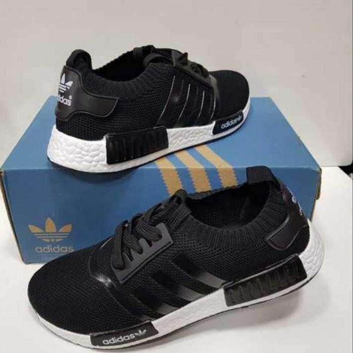 Calzado Adidas para caballeros - 0