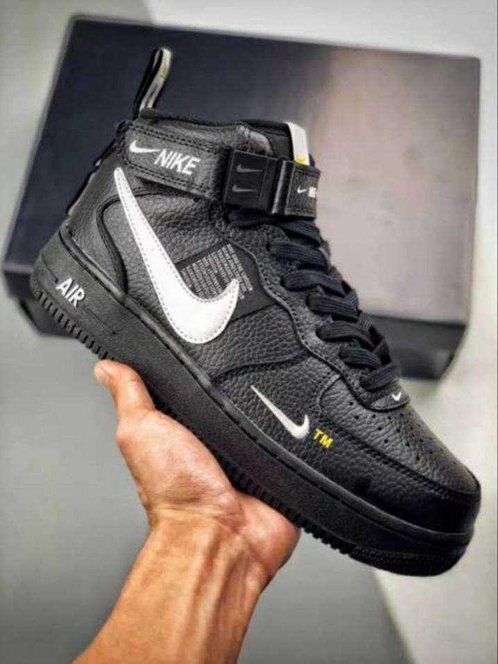 Calzados Nike para caballeros - 0